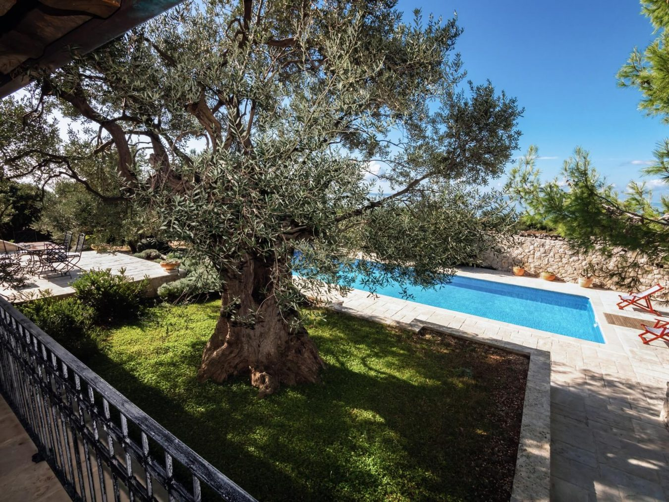 villa pag with pool